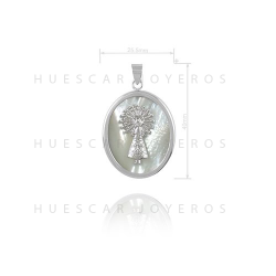 Colgante de plata con base de nacar ( Virgen del Pilar)