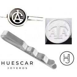 Pisacorbatas personalizado con circulo en relieve
