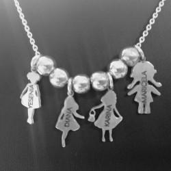 Gargantilla en plata de ley 4 niños personalizados con nombres